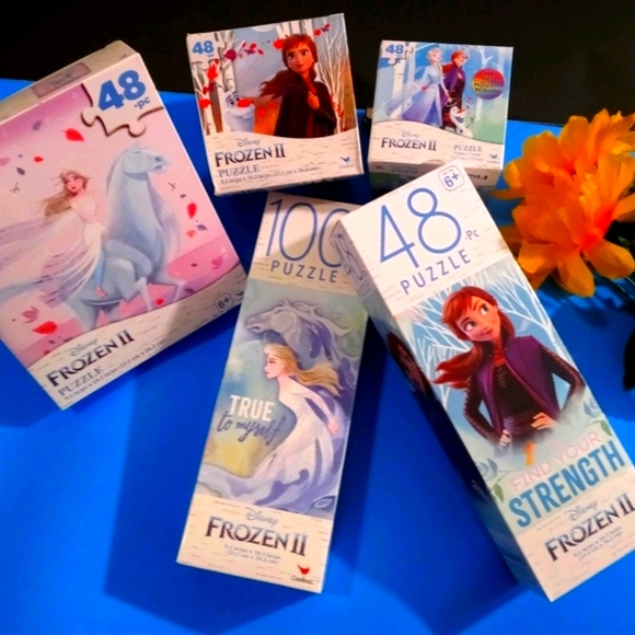 5PC Disney Frozen 2 Puzzles and More